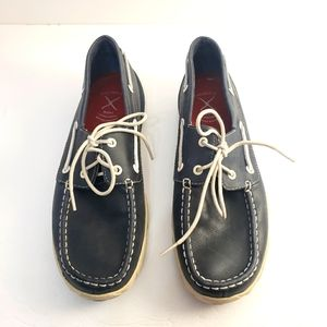 Twisted X navy blue boat shoes